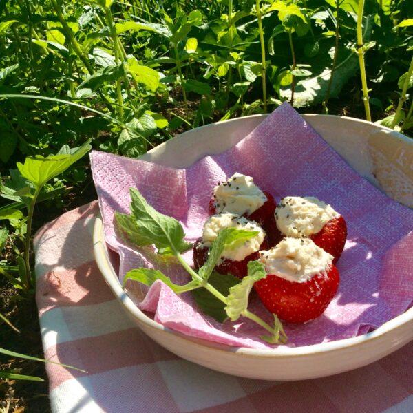 RETSEPT | Täidetud maasikad 🌱